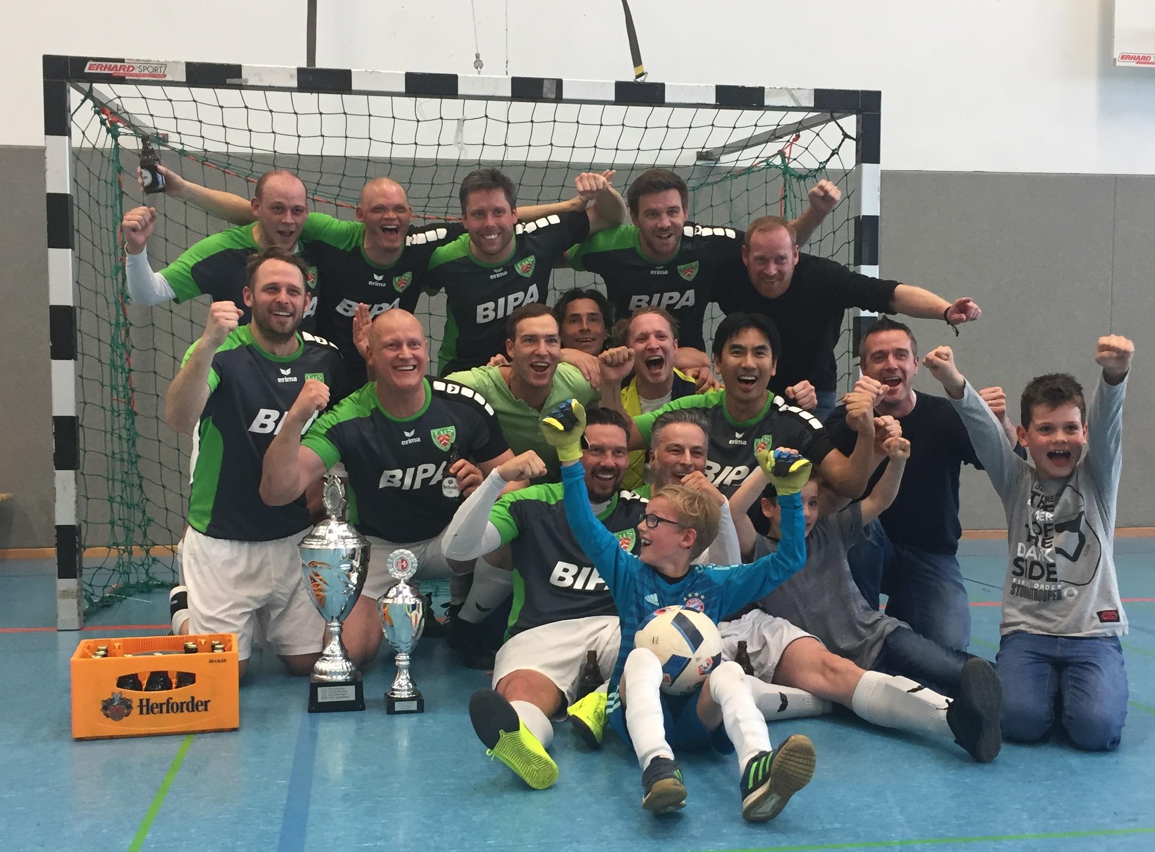 Ü-32 gewinnt die Stadtmeisterschaft